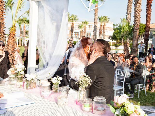Il matrimonio di Vanessa e Danilo a Termoli, Campobasso 30
