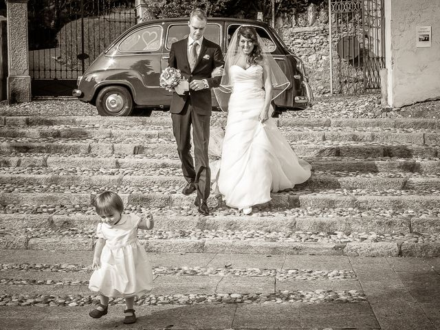 Il matrimonio di Alessandro e Carolina a Besozzo, Varese 18