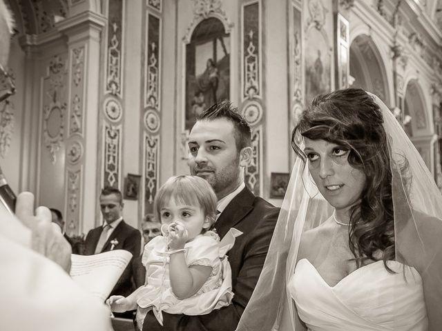 Il matrimonio di Alessandro e Carolina a Besozzo, Varese 24
