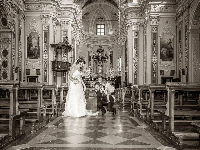 Il matrimonio di Alessandro e Carolina a Besozzo, Varese 30