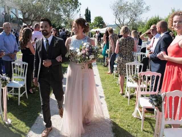 Il matrimonio di Francesco e Cathy a Mogliano, Macerata 11