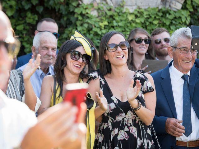 Il matrimonio di Francesco e Cathy a Mogliano, Macerata 14
