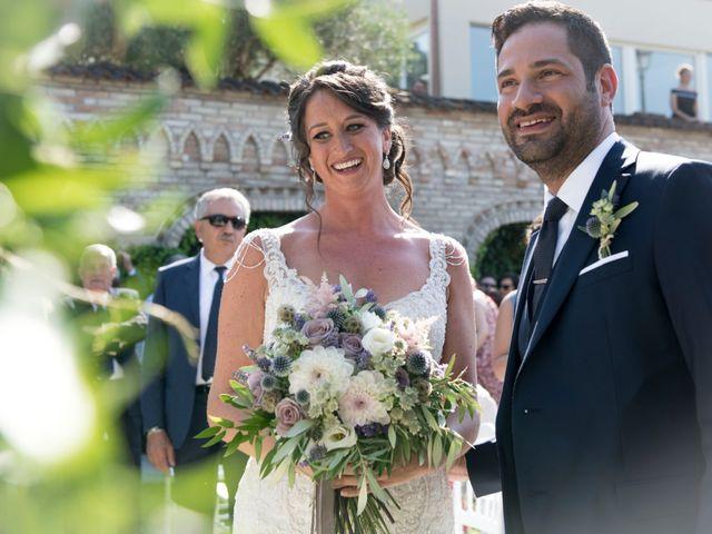 Il matrimonio di Francesco e Cathy a Mogliano, Macerata 16