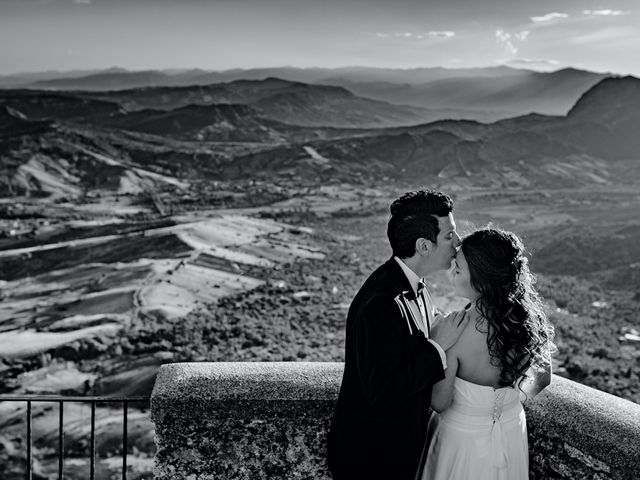 Il matrimonio di Carrie e Francesco a Gerace, Reggio Calabria 21