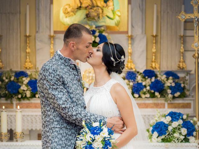 Il matrimonio di Marius e Claudia a Crispiano, Taranto 25