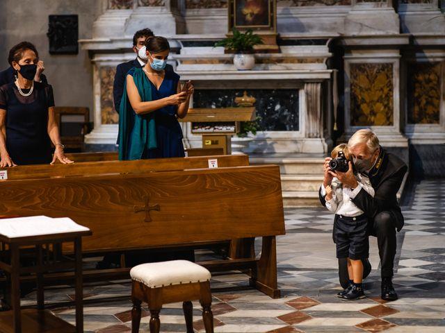 Il matrimonio di Stefano e Bianca a Pietrasanta, Lucca 28