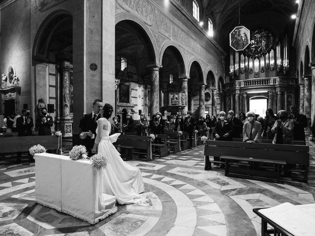 Il matrimonio di Stefano e Bianca a Pietrasanta, Lucca 29