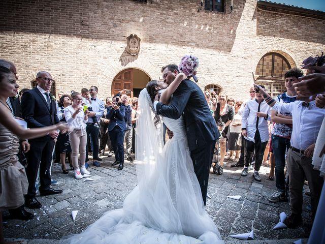 Il matrimonio di Andrea e Romina a Montecassiano, Macerata 32
