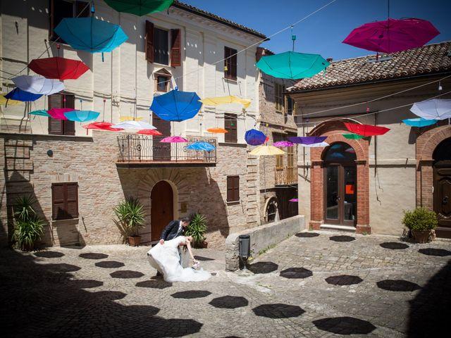 Il matrimonio di Andrea e Romina a Montecassiano, Macerata 33