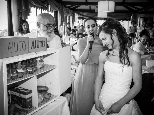Il matrimonio di Andrea e Romina a Montecassiano, Macerata 38