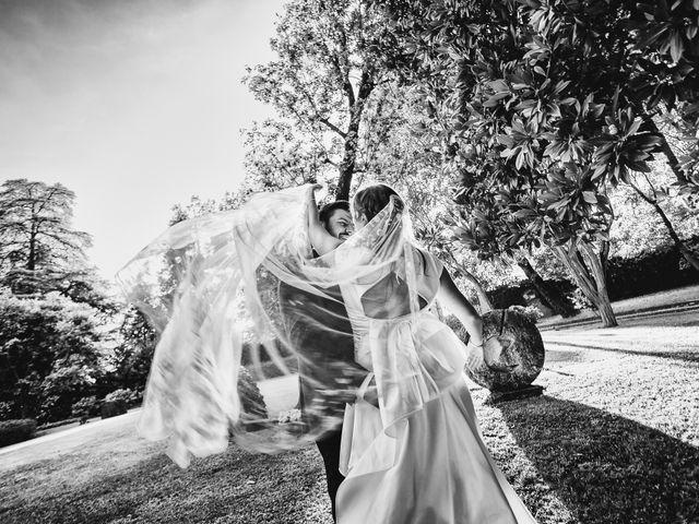 Il matrimonio di Simone e Chiara a Albizzate, Varese 20
