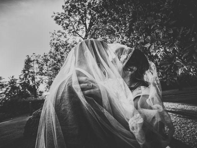Il matrimonio di Simone e Chiara a Albizzate, Varese 21