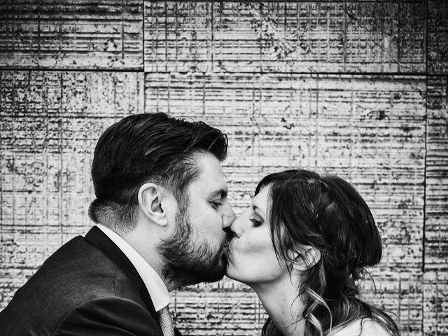 Il matrimonio di Simone e Chiara a Albizzate, Varese 22
