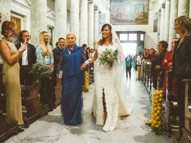 Il matrimonio di Tommaso e Caterina a Viareggio, Lucca 7