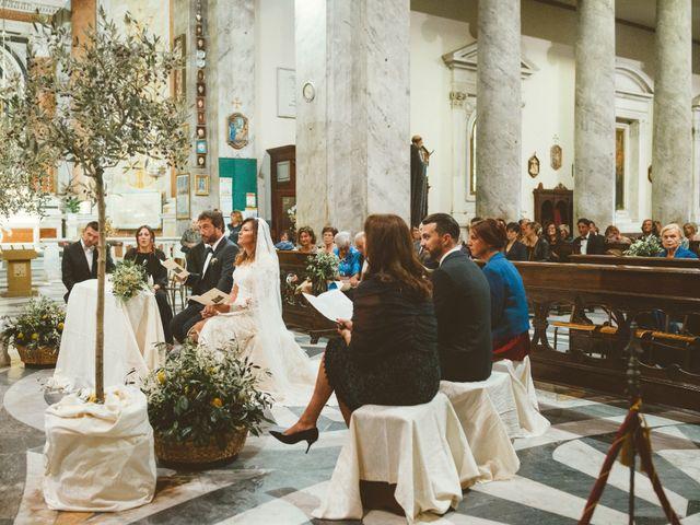 Il matrimonio di Tommaso e Caterina a Viareggio, Lucca 8