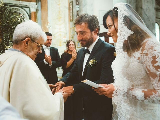 Il matrimonio di Tommaso e Caterina a Viareggio, Lucca 9