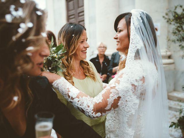 Il matrimonio di Tommaso e Caterina a Viareggio, Lucca 14
