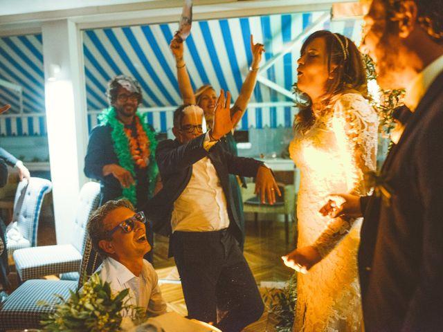Il matrimonio di Tommaso e Caterina a Viareggio, Lucca 19