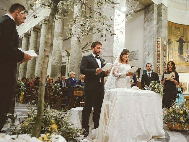 Il matrimonio di Tommaso e Caterina a Viareggio, Lucca 28