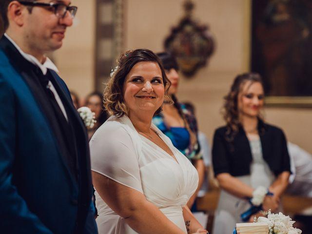 Il matrimonio di Manuel e Cristina a Casale Cremasco-Vidolasco, Cremona 43