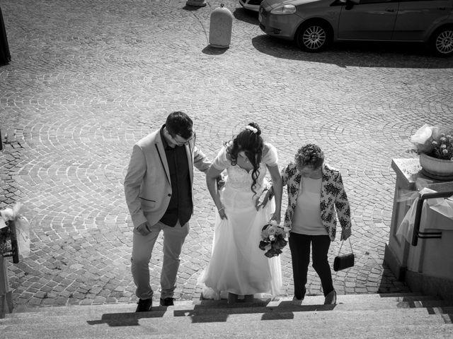 Il matrimonio di Paolo e Raffaella a Vezza d'Alba, Cuneo 16