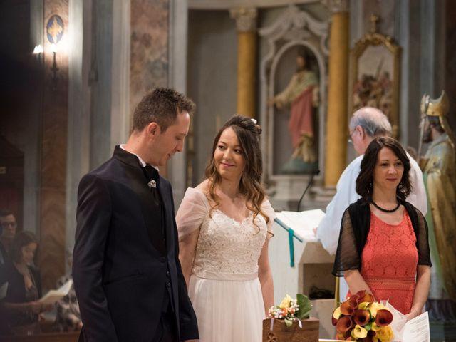 Il matrimonio di Paolo e Raffaella a Vezza d'Alba, Cuneo 18