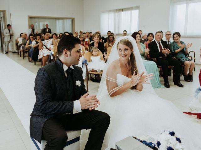 Il matrimonio di Mario e Elke a San Salvo, Chieti 12