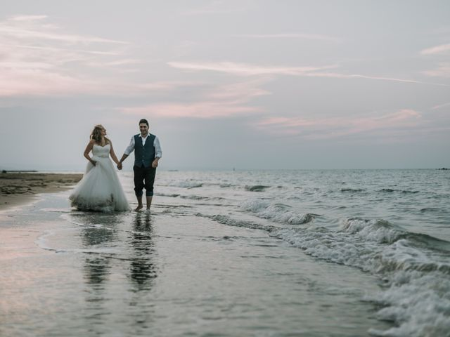 Il matrimonio di Mario e Elke a San Salvo, Chieti 30