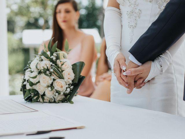 Il matrimonio di Mattia e Elena a  Zelarino, Venezia 13