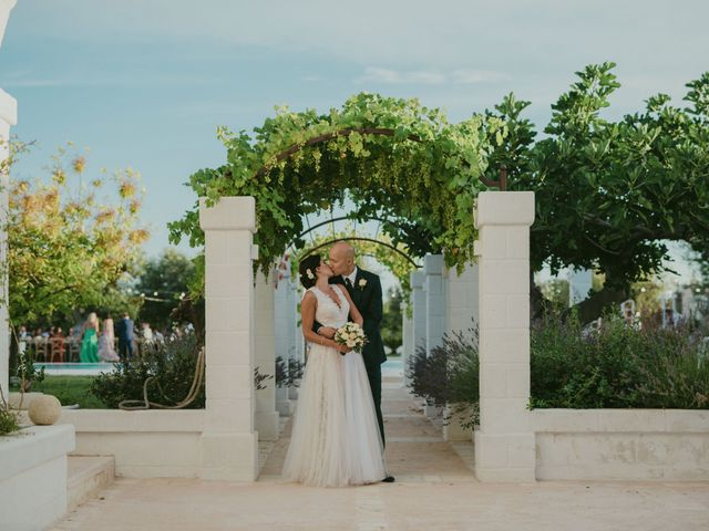 Il matrimonio di Christelle e Phil a Polignano a Mare, Bari 48