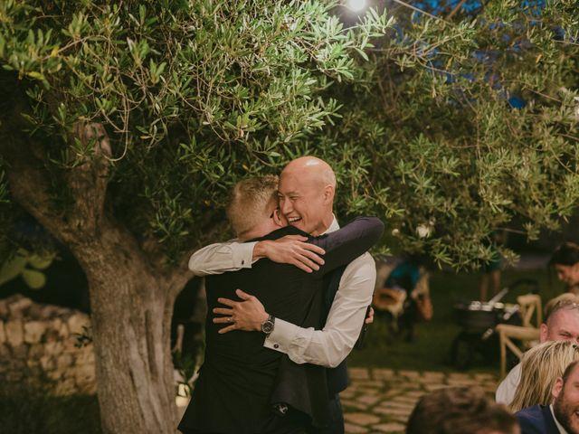 Il matrimonio di Christelle e Phil a Polignano a Mare, Bari 66