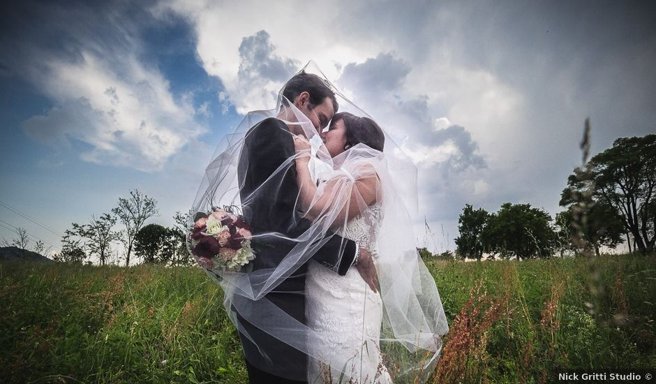 Il matrimonio di Luca e Federica a Oggiono, Lecco
