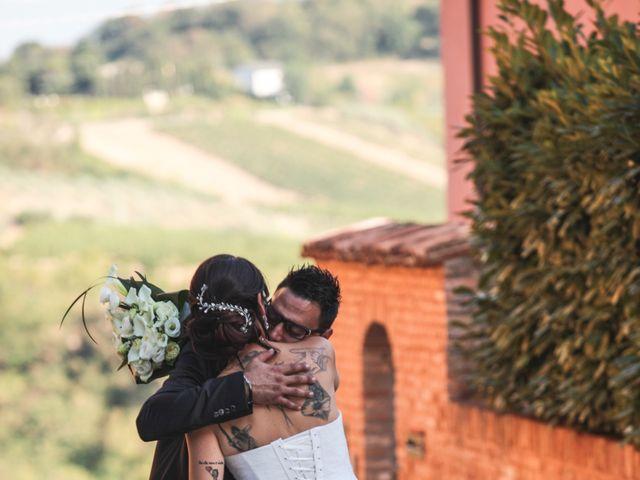 Il matrimonio di Luca e Laura a Longiano, Forlì-Cesena 11