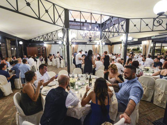 Il matrimonio di Luca e Laura a Longiano, Forlì-Cesena 16