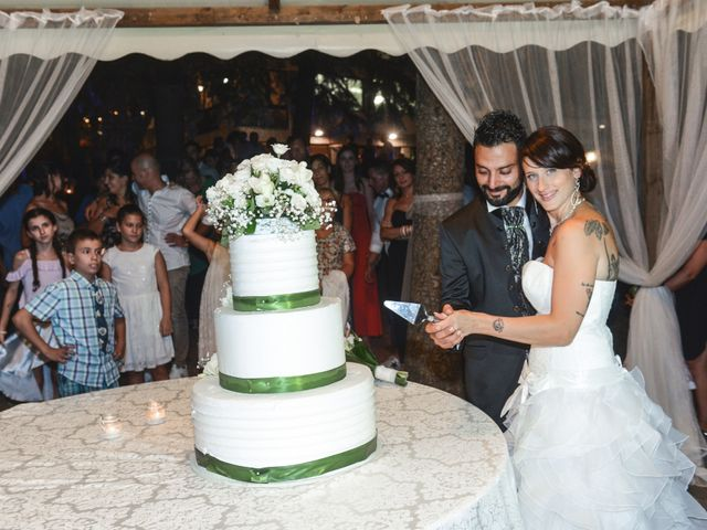 Il matrimonio di Luca e Laura a Longiano, Forlì-Cesena 18