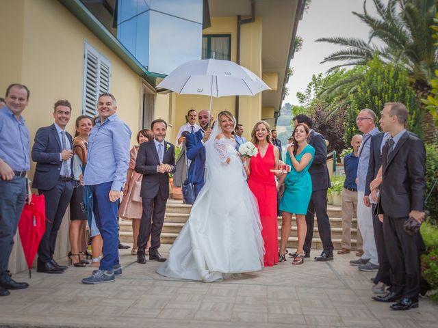 Il matrimonio di Marco e Elisabetta a Altidona, Fermo 35