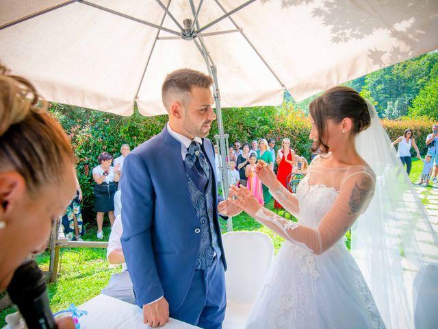 Il matrimonio di Manuel e Camilla a Soriso, Novara 33