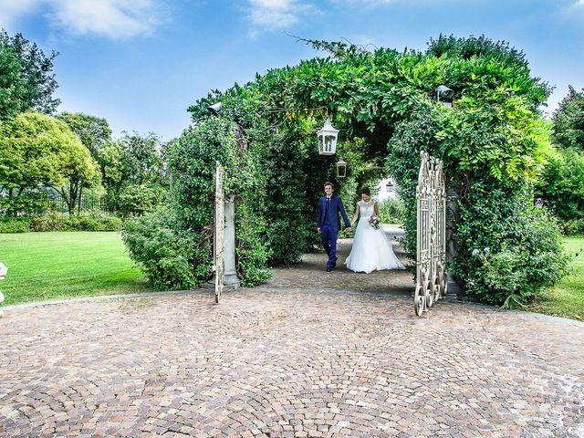 Il matrimonio di denis e chiara a Bonate Sopra, Bergamo 32