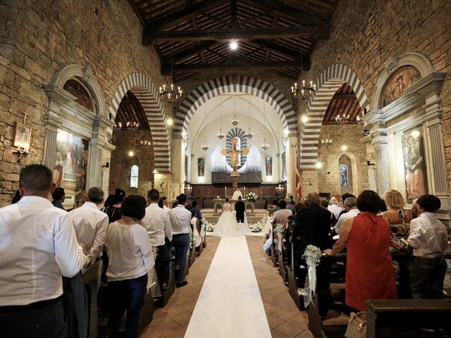 Il matrimonio di Valentina e Fabio a Poppi, Arezzo 26