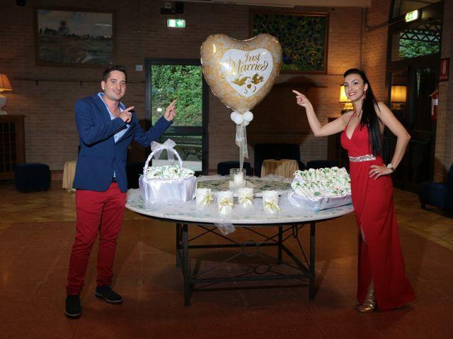 Il matrimonio di Andrea e Nicoleta a Pescia, Pistoia 8