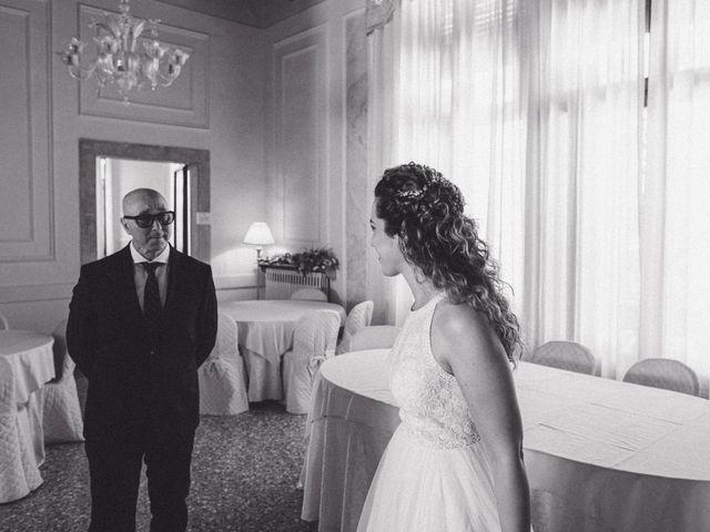 Il matrimonio di Massimiliano e Chiara a Vigonovo, Venezia 11