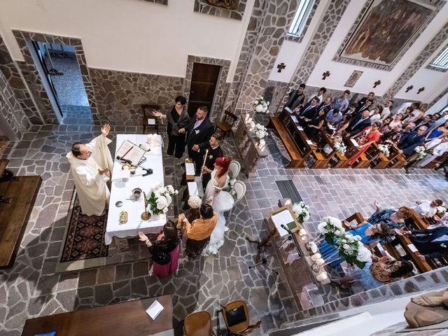 Il matrimonio di Francesco e Valentina a Oltrona di San Mamette, Como 27