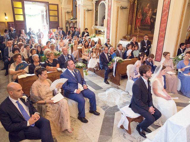 Il matrimonio di Lorenzo e Anna a Bagnone, Massa Carrara 45