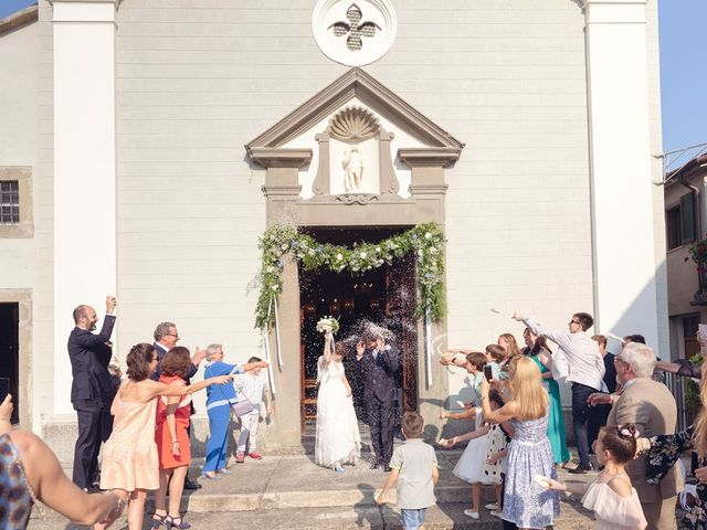 Il matrimonio di Lorenzo e Anna a Bagnone, Massa Carrara 50