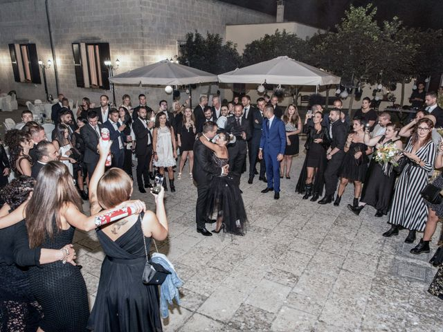 Il matrimonio di Davide e Emanuela a Lecce, Lecce 15