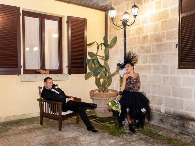 Il matrimonio di Davide e Emanuela a Lecce, Lecce 17