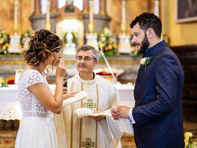 Il matrimonio di Cristofer e Irene a Caprino Bergamasco, Bergamo 21