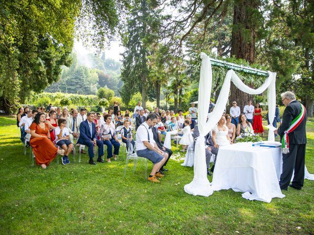 Il matrimonio di Luca e Stefania a Viverone, Biella 17