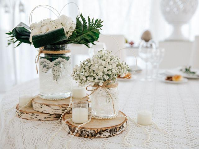Il matrimonio di Carmine e Antonietta a Grassano, Matera 43