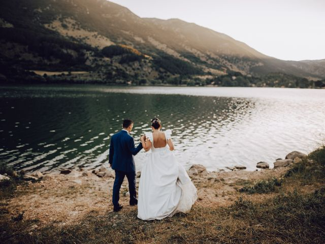Il matrimonio di Roberto e Mariasole a Scanno, L'Aquila 48